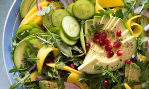 Tự làm món salad rau quả ăn thanh nhiệt