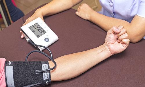 Hướng dẫn cách đo huyết áp tại nhà