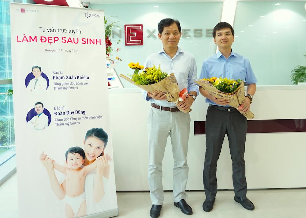 Bác sĩ Phạm Xuân Khiêm - Giám đốc Bệnh viện thẩm mỹ Emcas (trái) và bác sĩ Đoàn Duy Dũng - Giám đốc chuyên môn Bệnh viện thẩm mỹ Emcas (phải).