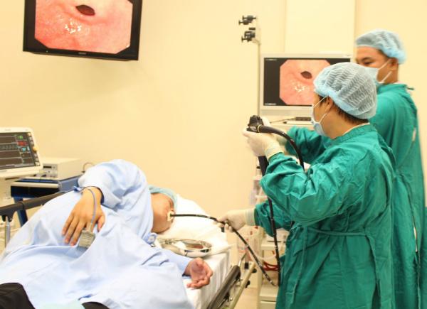 Nội soi đại trực tràng giúp phát hiện và xử lý sớm các polyp gây ung thư. Ảnh: M.T