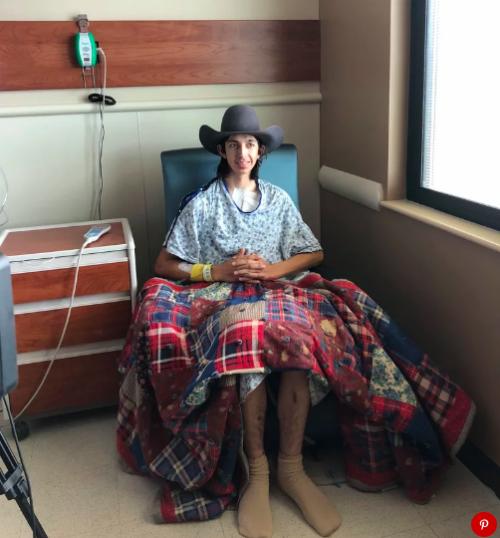 Wyatt tươi tỉnh sau ca phẫu thuật. Ảnh: People.