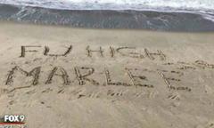Người lạ giúp bé ung thư hoàn thành di nguyện ngắm bờ biển