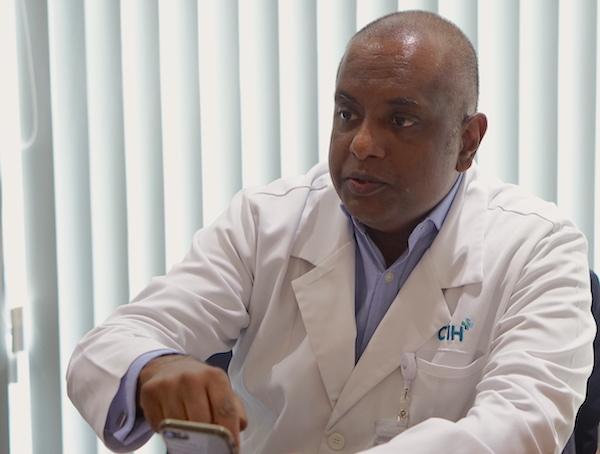 Bác sĩ Mahen Nadarajah.