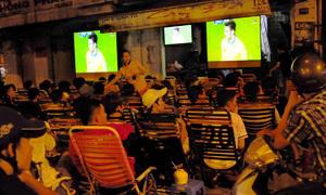 Nhập viện vì thức khuya xem World Cup liên tục