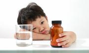 4 tác hại khi lạm dụng kháng sinh chữa ho cho trẻ