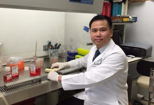 Tiến sĩ Phan Minh Liêm, Trung tâm ung thư MD Anderson (Đại học Texas, Mỹ).