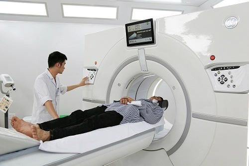 Máy Revolution CT 512 lát cắt tại Bệnh viện Đa khoa tỉnh Quảng Ninh.
