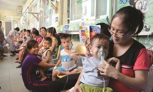 Nhiều trẻ bị biến chứng do mắc tay chân miệng