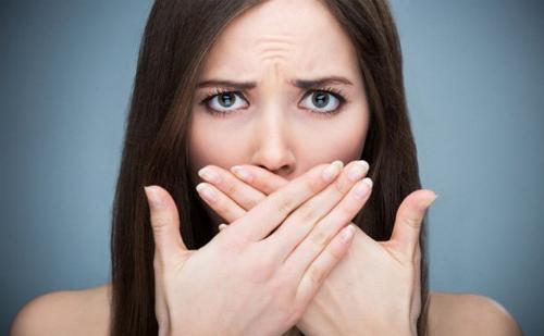 Viêm lợi cũng là một nguyên nhân gây hôi miệng thường gặp nhưng nhiều người chủ quan bỏ qua.
