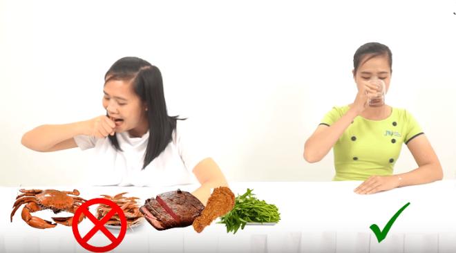 Kiêng ăn những thực phẩm dễ sưng viêm để mũi nhanh lành.