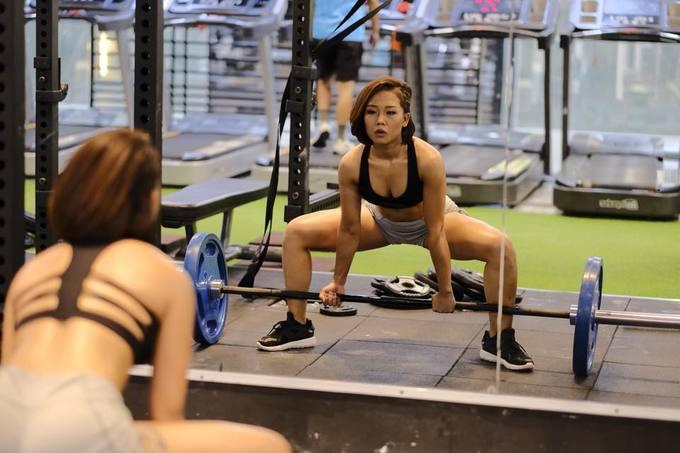 Cô gái Hà Nội xua tan stress sau nhiều năm tập gym