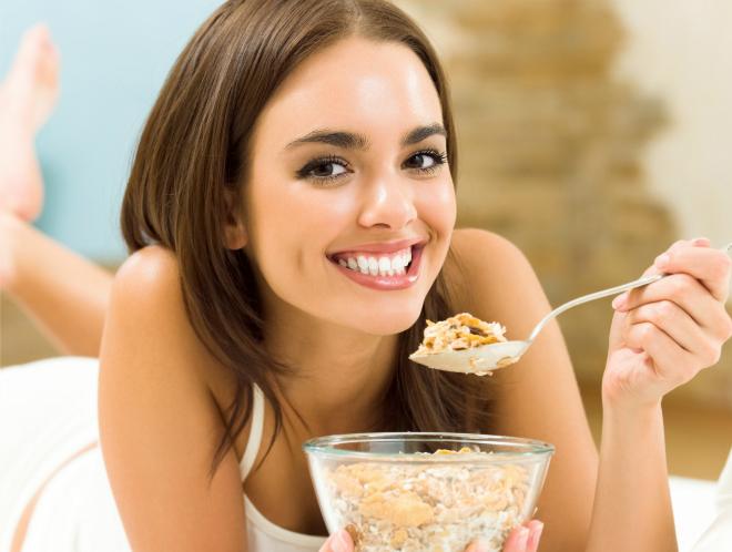 Bữa sáng rất quan trọng giúp nạp năng lượng cho cơ thể sau một đêm dài.