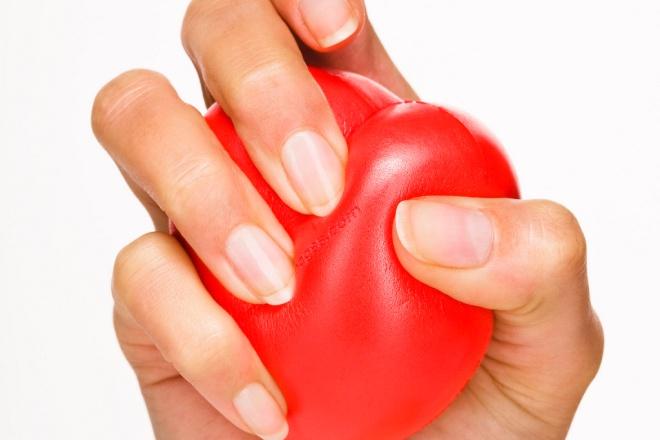 10 dấu hiệu cảnh báo cơn đau tim phụ nữ cần chú ý
