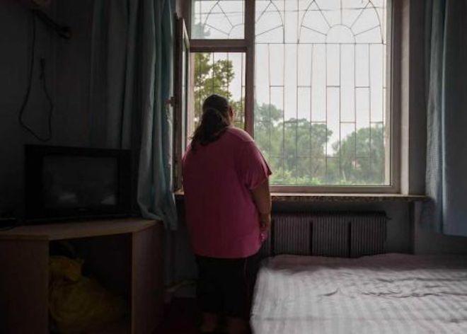 Thiếu nữ béo phì chật vật giảm cân
