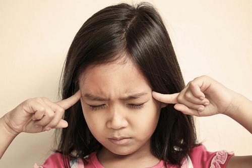 Trẻ tỏ ra lo lắng liên tục và dữ dội có thể là biểu hiện của một bệnh tâm lý nghiêm trọng. Ảnh: Flickr.