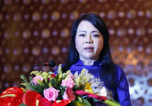 Bộ trưởng Y tế Nguyễn Thị Kim Tiến phát biểu tại hội nghị. Ảnh: Nguyễn Đông.