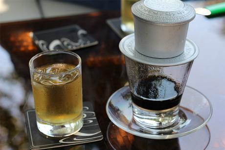 Cà phê có những tác dụng nhất định đếntinh thần nhưng cần phải sử dụng đúng liều lượng tránh nguy cơgâyhại cho sức khỏe. Ảnh: LMV