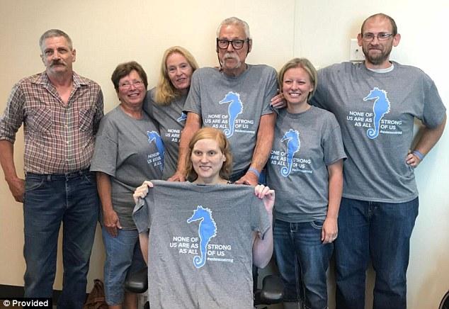 8 người trong gia đình Lacy mắc ung thư do di truyền. Ảnh: L.A