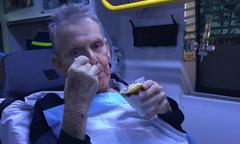 Cụ ông ung thư được ăn kem trước khi qua đời
