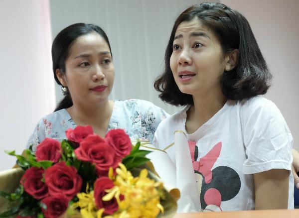 Diễn viên Ốc Thanh Vân cùng nhiều nghệ sĩ luôn sát cánh cùng Mai Phương trong hành trình chống chọi bệnh. Ảnh: L.P