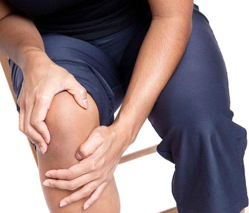 Vì sao đau đầu gối khi chơi thể thao?