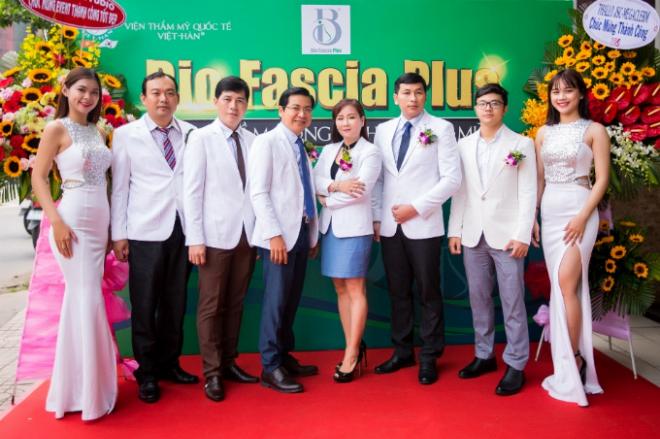 Hội thảo thẩm mỹ nâng tầm công nghệ nâng mũi Bio Fascia Plus được tổ chức bởi Viện thẩm mỹ Quốc tế Việt - Hàn. Sự kiện quy tụ các chuyên gia nhiều năm kinh nghiệm trong lĩnh vực thẩm mỹ,