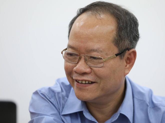 Bác sĩ Ngô Hữu Hà trả lời độc giả.