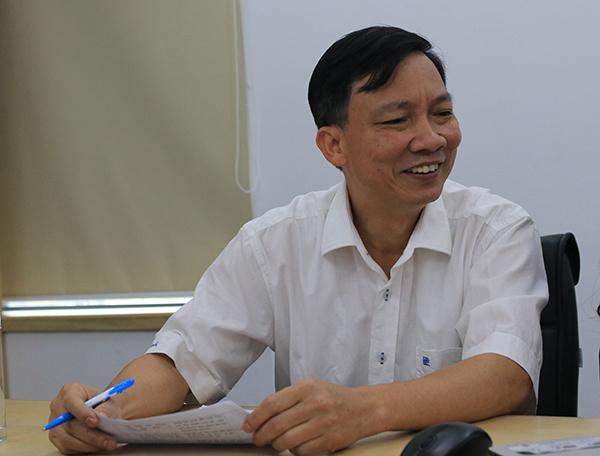 Bác sĩ Hoàng Công Lâm.