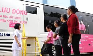 Chiếc xe 12 tỷ đi các tỉnh tầm soát miễn phí ung thư vú cho phụ nữ