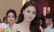 'Quỳnh búp bê' Phương Oanh tiết lộ bí quyết giữ sắc vóc