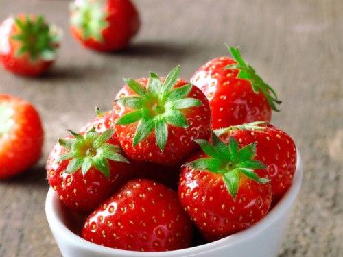 Trái cây nên ăn rất tốt cho sức khỏe vào buổi sáng.