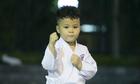 Cậu bé 4 tuổi ở Hà Nội hàng ngày luyện võ karate