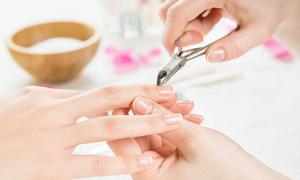 Nhiễm trùng ngón tay do dùng chung dụng cụ làm móng