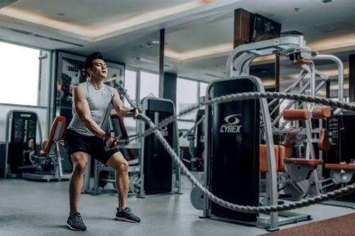 Xuân Tiền tập gym, bơi lội và chạy bộ mỗi ngày. Ảnh: C.K