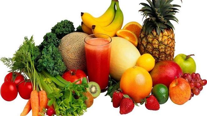Rau quả, trái cây cung cấp chủ yếu các vitamin và các chất khoáng quan trọng cho cơ thể nên không thể thiếu. Ảnh: Lifehack.