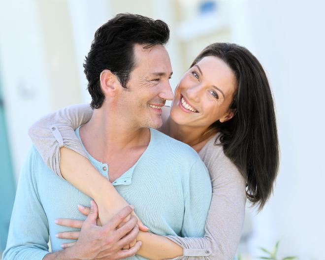 Công thức CLI-± cho nam và CLI-² cho nữ đã được chứng minh giảm rụng, tăng mọc tóc hiệu quả.