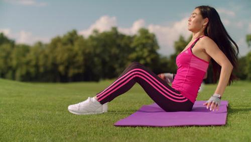 Tập thể dục với chế độ phù hợp có thể giúp giảm cân hiệu quả. Ảnh: Shutterstock