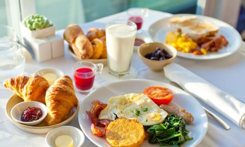 Bữa sáng cân bằng cho trẻ từ 6 tuổi
