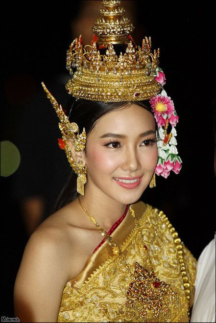 Phụ nữ Thái tươi tắn với làn da khỏe.