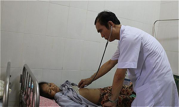 Bà Vân ổn định sau khi được đặt máy tạo nhịp tim vĩnh viễn. Ảnh: Bệnh viện cung cấp.