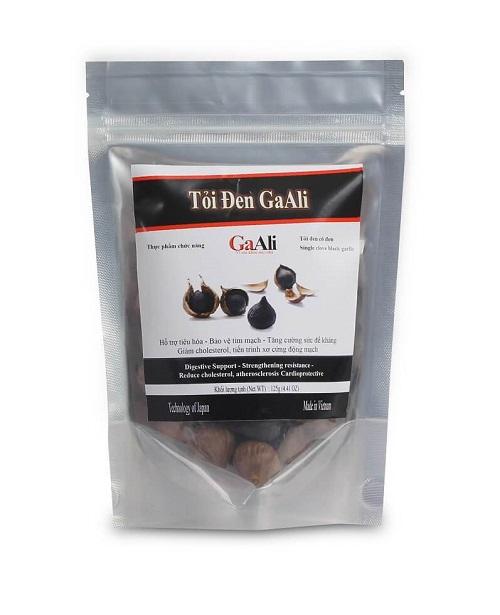 Tỏi đen cô đơn GaAli được sản xuất từ những củ tỏi ta chất lượng tốt, trải qua quá trình lên men đặc biệt. Sản phẩm có giá khuyến mãi 162.500 đồng túi nhôm 125 gam.
