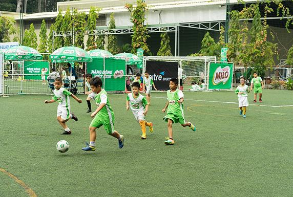 Nestlé Việt Nam thường xuyên tổ chức các hoạt động thể thao, giải đấu nhằmkhuyến khích trẻ em vận động.