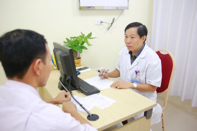 Bệnh nhân đến khám và tư vấn điều trị vô sinh hiếm muộn tại Bệnh viện Việt Đức. Ảnh: K.O