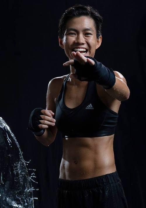Lâm Túc Ngân từng gắn bó với boxing.