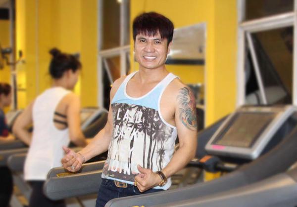 Ca sĩ Lương Gia Huy lựa chọn nha khoa Ngân Phượng làm nơi chăm sóc răng miệng.