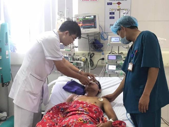 Bệnh nhân đang được điều trị tại Bệnh viện Sản nhi Quảng Ninh. Ảnh: Bệnh viện cung cấp.