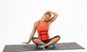 4 bài tập yoga chữa thoái hóa đốt sống cổ