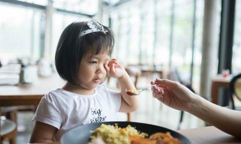 Hỗ trợ dinh dưỡng giúp 12.000 trẻ thoát suy dinh dưỡng, thấp còi