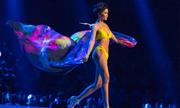 Làn da nâu giúp H'Hen Niê nổi bật ở Hoa hậu Hoàn vũ 2018