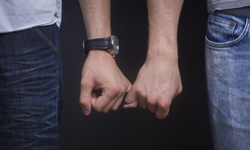 Quan hệ đồng giới nam dễ lây nhiễm viêm gan C